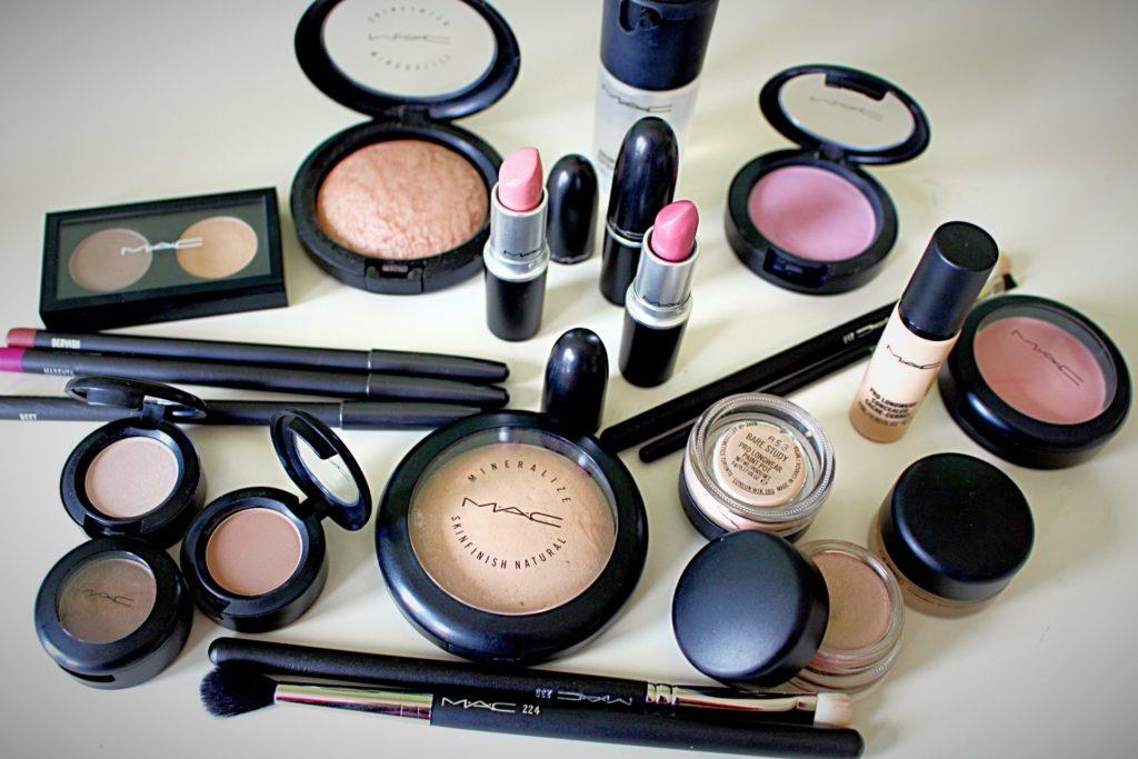 Use Moringa Oleifera Skin Care Products Daily For Glowing Skin